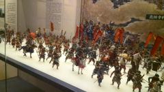 Miniatur peperangan jaman edo, dimana setiap jendral memiliki bendera yang berbeda-beda